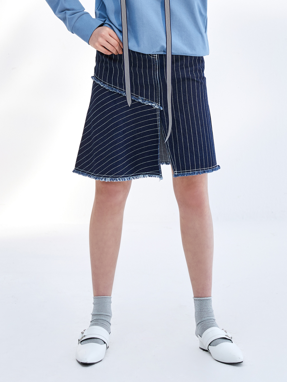 17SS STRIPE UNBALANCE DENIM SKIRT_NAVY