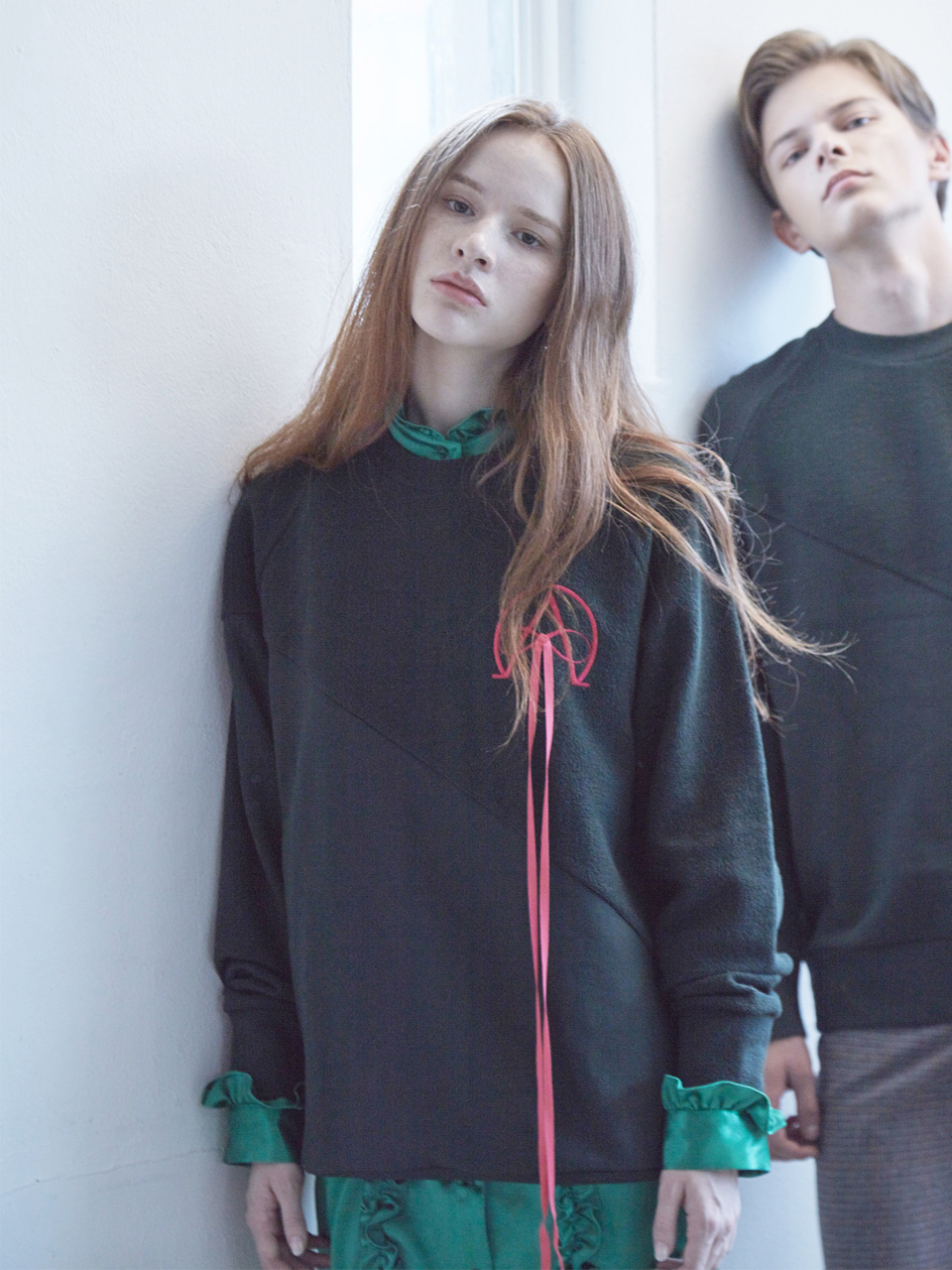 17FW ALPHA OMEGA SWEATSHIRT_GREEN