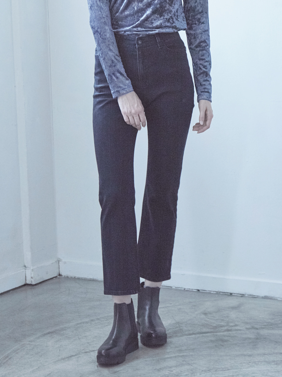 17FW STRAIGHT DENIM PANTS_NAVY