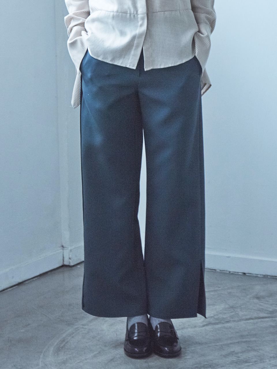 17FW REVERSED SEAM PANTS_GREEN