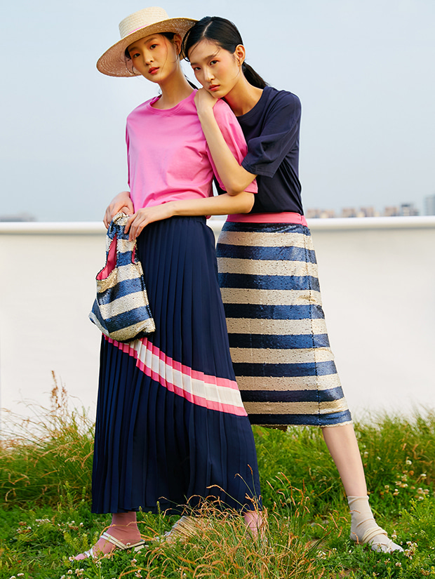 19SS PLEATS LINE SKIRT_NAVY