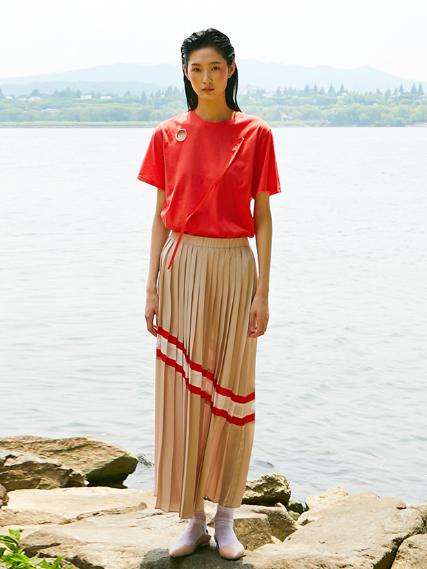 19SS PLEATS LINE SKIRT_BEIGE