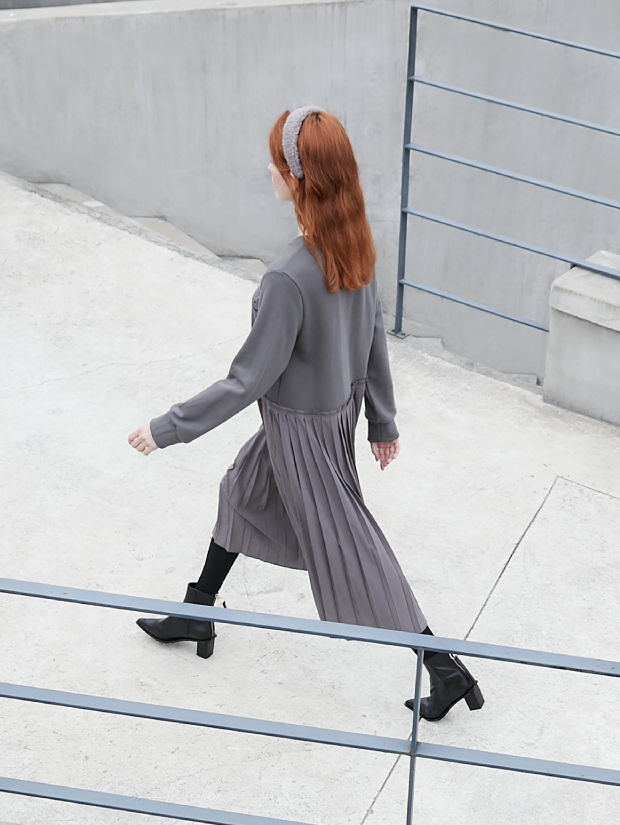 19FW 2ND PLEATS SWEAT SHIRT DRESS_2colors