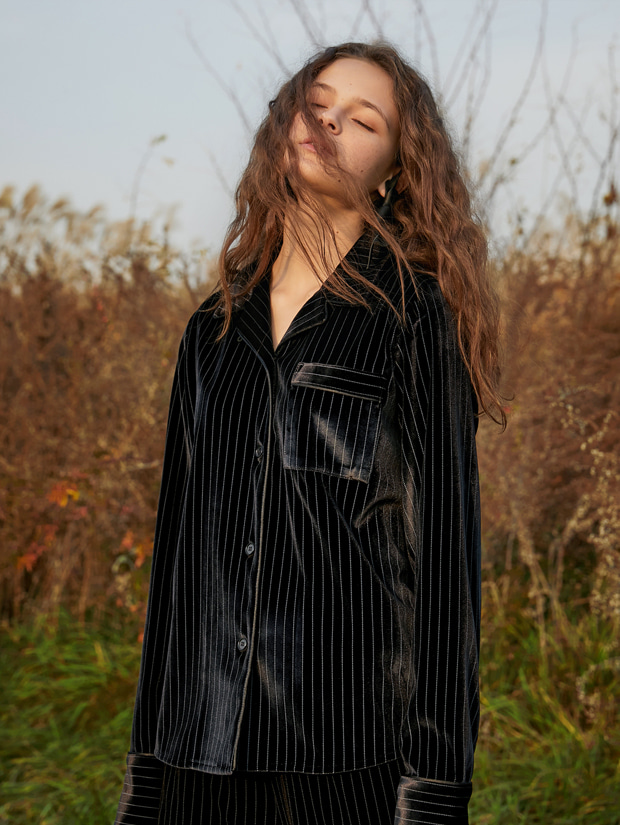 18FW STRIPE VELVET PAJAMA SHIRT_BLACK